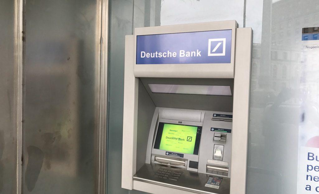 Bankai užsienyje