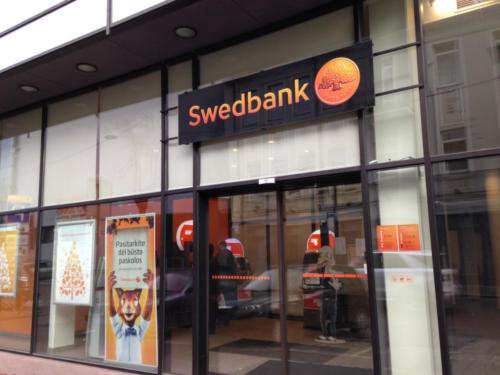 swedbank-bankai-lt142