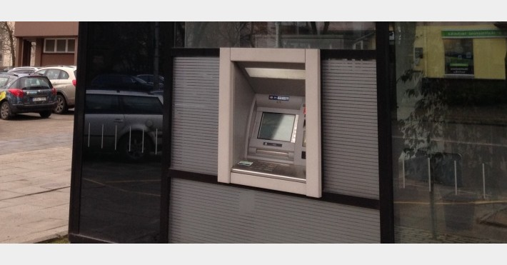SEB bankomatas
