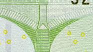 100 eurų mikrotesto vaizdas