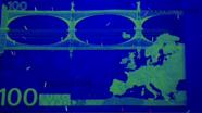 100 eurų kita pusė UV