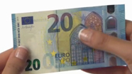 20 eurų nauji banknotai su nelygiu paviršiumi Nr. 5