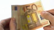 50 eurų banknotas turi šiugždėti