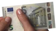 Perbraukite per 5 eurų viršų