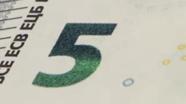 Smaragdo spalvos skaičius mėlynas