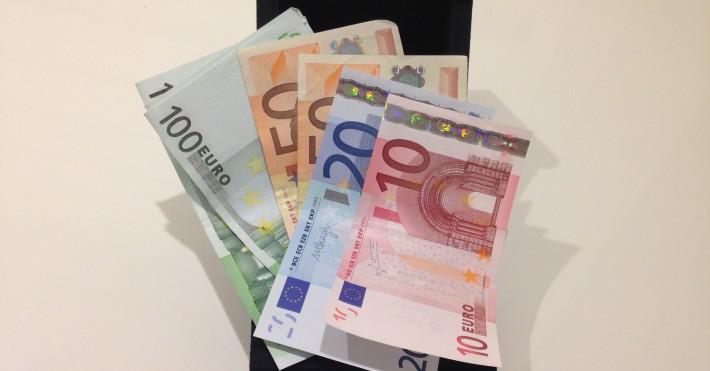Eurų kupiūros bankai.lt