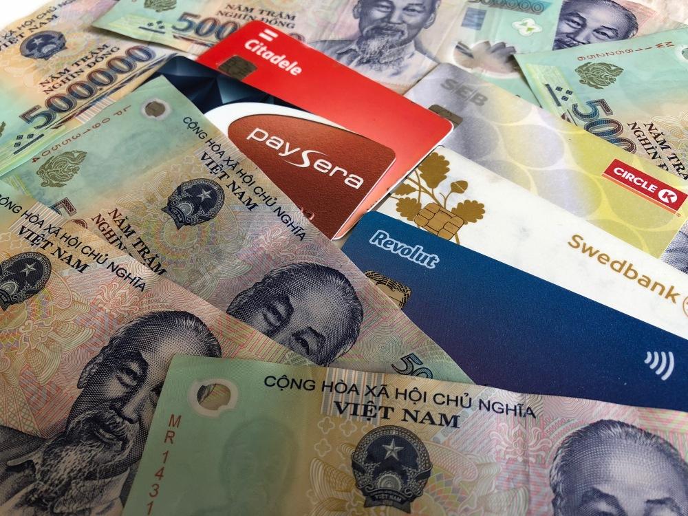 Gryninomės po 1 milijoną Vietnamo dongų iš bankomatų