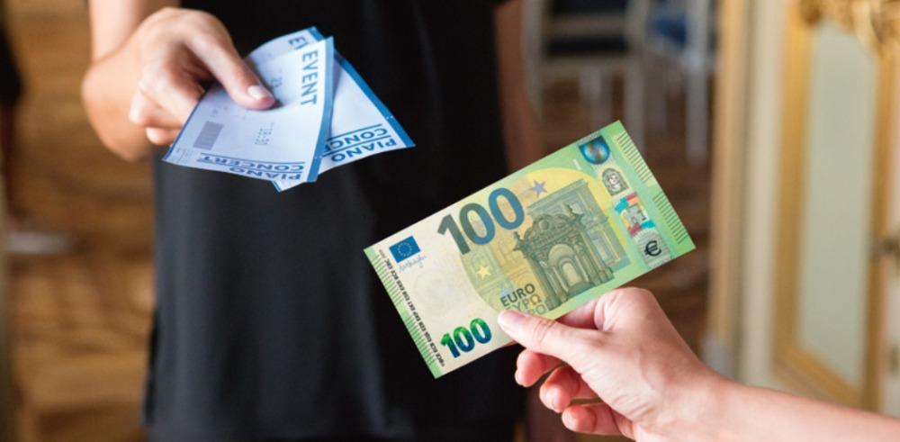 100 eurų banknotas