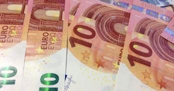 Indėlių suma bankuose mini