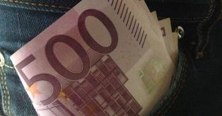 Pilnos kišenės eurų mini