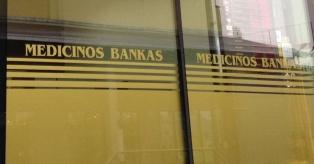 Medicinos banko indėliais mini